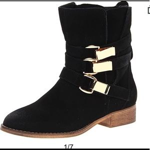 Steve Madden black buckle haggle bootie boots